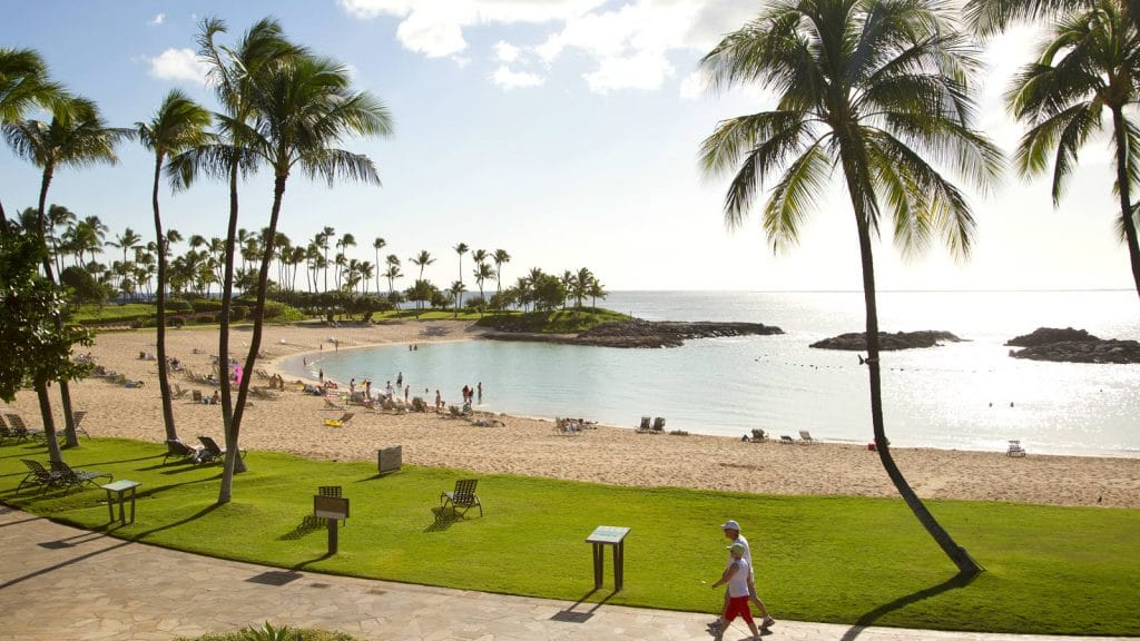 5 of the Best Beaches on Oahu that Locals Frequent