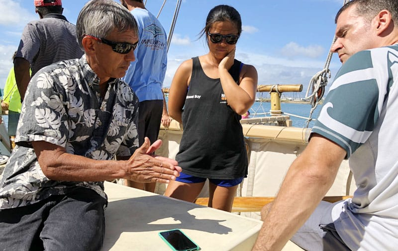 Hōkūleʻa Returns to Ko Olina Resort for Two-Week Engagement Crewmembers invite students aboard the four hour sail to West Oʻahu