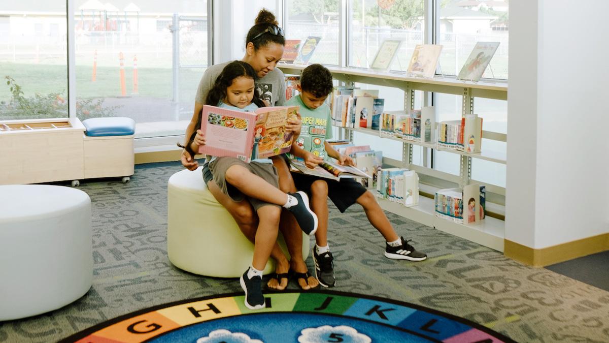 Nānākuli Public Library